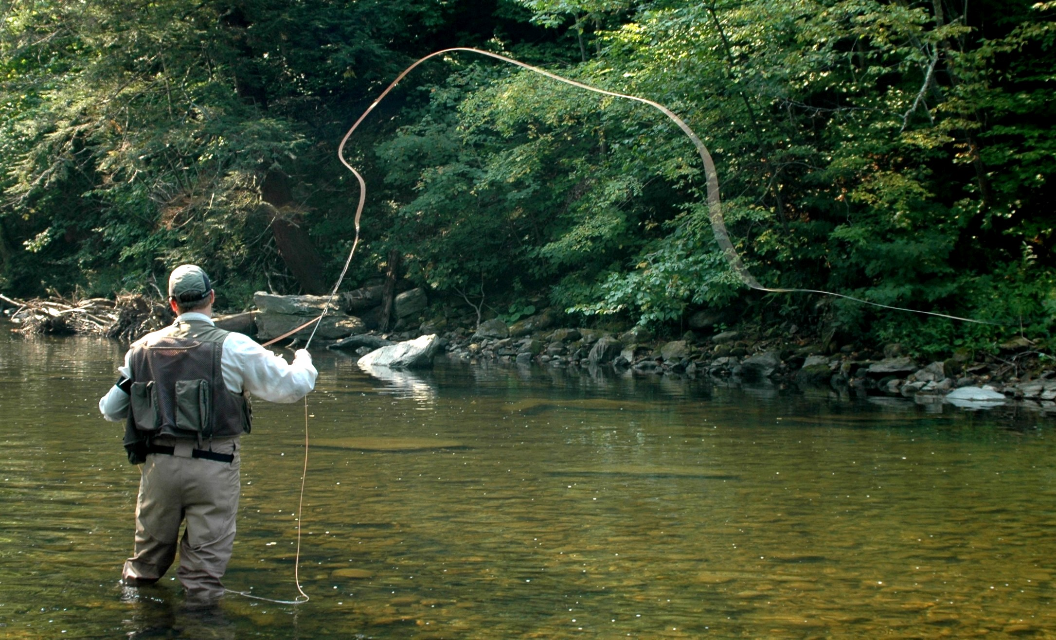 fly-fishing-fly-casting